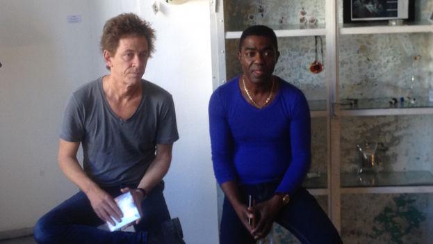 El guitarrista Dominic Miller y el músico cubano Manolito Simonet. (14ymedio)