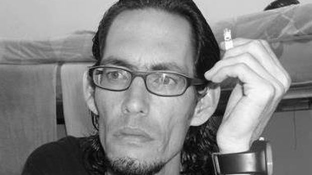 El poeta cubano Geovannys Manso. (FACEBOOK)