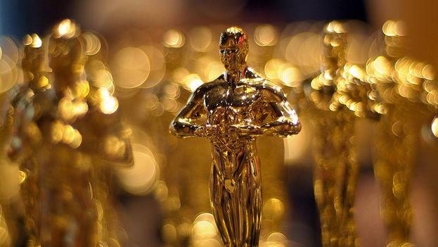 Una copia de los premios Óscars en una tienda de Hollywood. (CC)