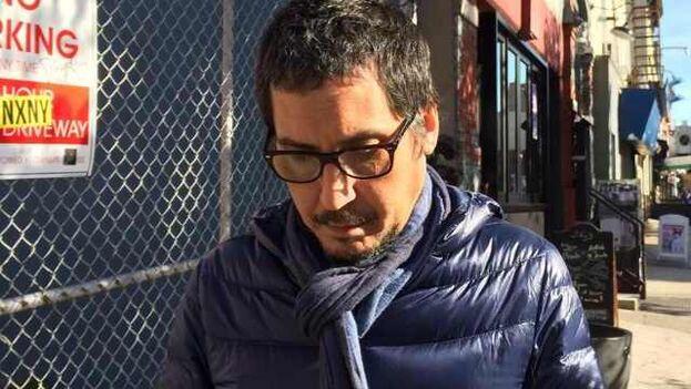 El escritor y traductor Jorge Ferrer. (Marlene Rodríguez/Cortesía)
