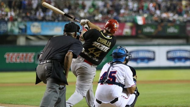 Los Águilas de Mexicali que salieron al terreno con tres estadounidenses y tres cubanos. (@AguilasDeMxli)