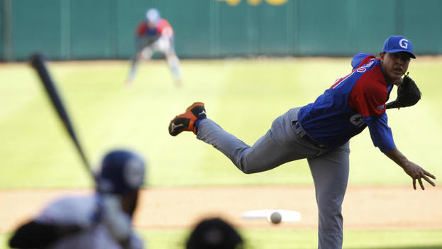 Los Alazanes vencieron 4-0 a los Tigres de Licey dominicanos en el inicio de la Serie del Caribe de béisbol. (EFE)