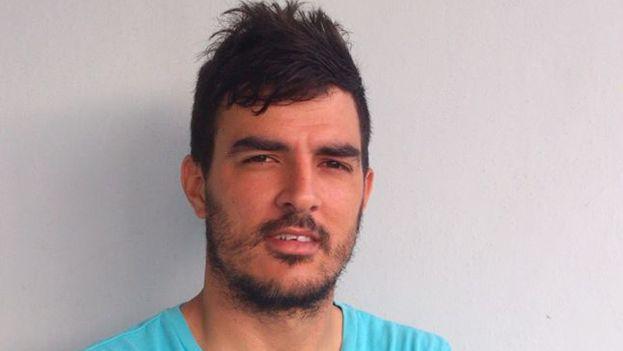 Daguito Valdés Delgado denuncia que se le niega la posibilidad de trabajar gratis en su propio país mientras se le reclama desde fuera de él. (Facebook)