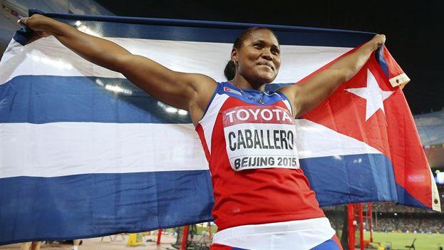 La atleta Denia Caballero, ganadora de la medalla de oro en el mundial de atletismo de Pekín. (EFE/EPA/Franck Robichon)