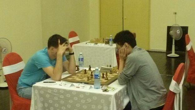 El ruso Dmitry Andreikin batió este domingo al chino Yu Yangyi, que continúa en cabeza pese al tropiezo. (14ymedio)