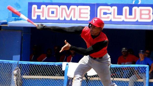 Edilse Silva, uno de los peloteros elegidos como refuerzo en la segunda parte de la Serie Nacional de Béisbol. (Twitter)