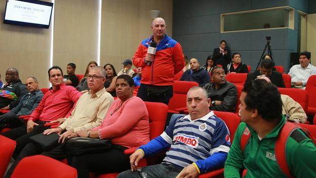 Entrenadores cubanos que forman parte del convenio con la Conade (Gobierno de México)