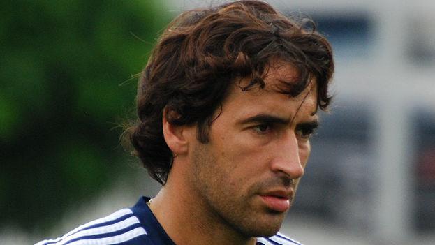 Raúl González delantero en el New York Cosmos de la North American Soccer League (CC)