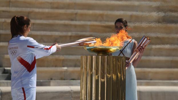 La llama olímpica salió de Grecia el pasado 19 de marzo y llegó un día después a Japón, donde permanecerá a la espera de la celebración de los Juegos, con un año de retraso. (COI)