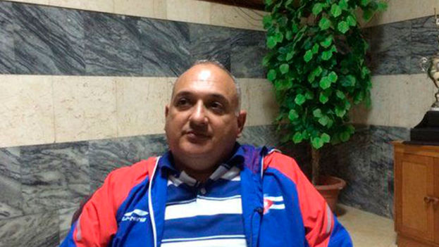 Heriberto Suárez, director nacional de béisbol cubano. (EFE)