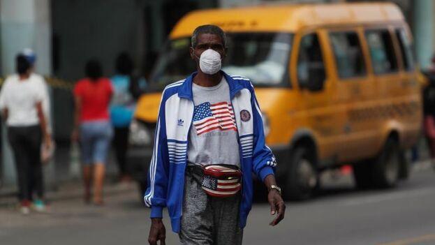 La Isla acumula 40.765 casos del coronavirus SARS-CoV-2 y 277 fallecidos por la covid-19 en 11 meses de pandemia. (EFE)