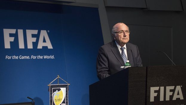 Joseph Blatter dimite tras 17 años al frente del cargo y con la institución inmersa en un gran caso de corrupción. (FIFA)