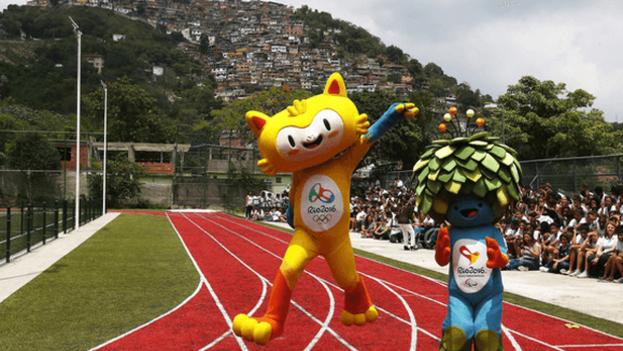 Las mascotas de los Juegos Olímpicos de Río de Janeiro y de los juegos Paralímpicos, inspiradas respectivamente en una mezcla de la fauna y la flora de Brasil. (EFE/M. Sayão)