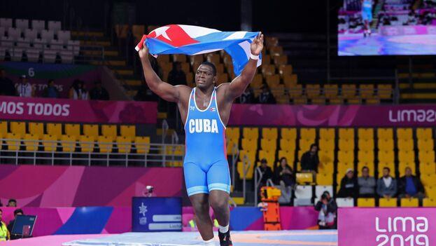 Mijaín López confirmó que sus planes pasan por lograr en Tokio 2020 su cuarto título olímpico. (EFE)