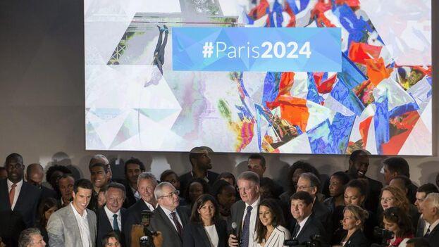 La alcaldesa de París, Anne Hidalgo, asiste al anuncio de la candidatura de París a los Juegos Olímpicos de 2024 en una imagen de archivo. (EFE)