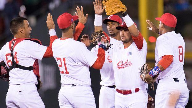 La derrota de este lunes frente a República Dominicana ha impedido a los Alazanes pasar de ronda invictos. (@SDCJalisco2018)