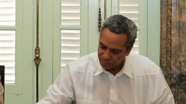 Roberto León Richards acusó a los responsables de la cancelación del acuerdo de buscar irregularidades en la llegada de los peloteros cubanos a las Grandes Ligas. (EFE)