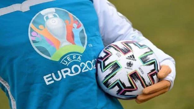 El evento, organizado por la Unión de Federaciones Europeas de Fútbol cada cuatro años, celebra su decimosexta edición. (EFE)