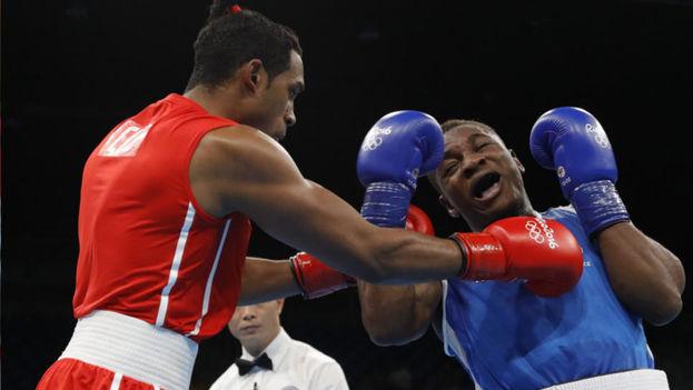 El cubano Arlen López conquistó el oro en los 75 kilos de boxeo. (EFE)