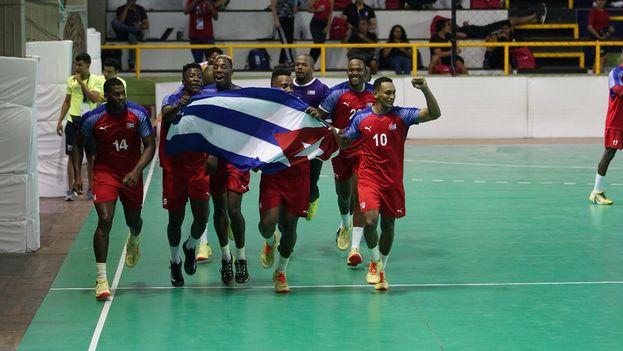 El equio cubano de voleibol se hizo con el oro en la jornada de este miércoles. (@Bquilla2018)