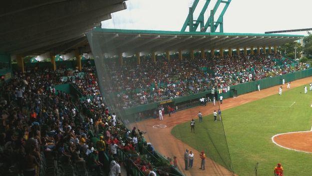 Vista parcial del Estadio Capitán San Luis de Pinar del Río. (14ymedio)