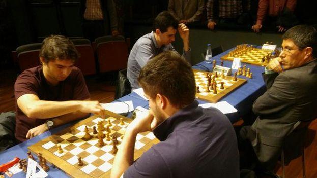 El enfrentamiento entre Bruzón y Martínez de este jueves. (Bilbao Chess)