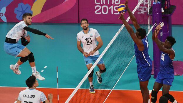 El voleibol masculino de Argentina sumó su tercera medalla de oro en la historia de este deporte en los Juegos Panamericanos. (EFE)