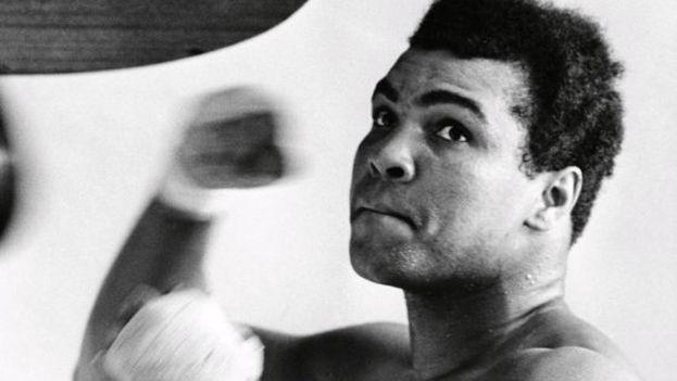 A sus 25 años, en 1967, el boxeador norteamericano Muhammad Ali ya era una celebridad. (EFE)
