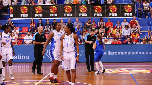 La selección cubana de baloncesto. (FEB)