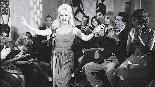 Rosita Fornés brilló en una constelación de estrellas en la época en que la televisión entró a formar parte de las familias cubanas.