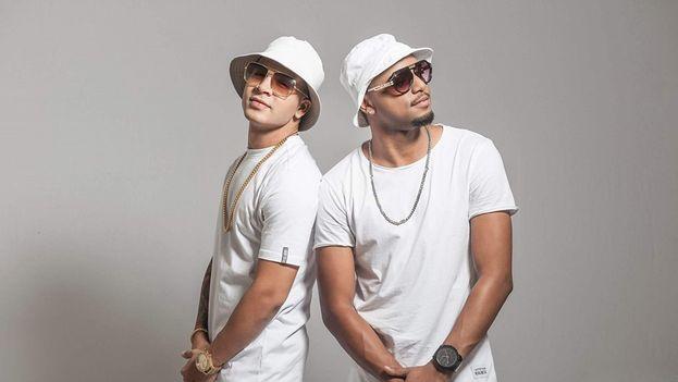 Yomil y El Danny, reguetoneros. (Facebook)