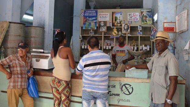 Bodega de mercado racionado en La Habana. (Flickr/Borja García)