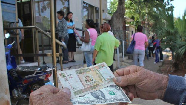 Las remesas desde EE UU alcanzaron en 2016 los 3.444 millones de dólares, un 2,7% más que en 2015. (EFE)