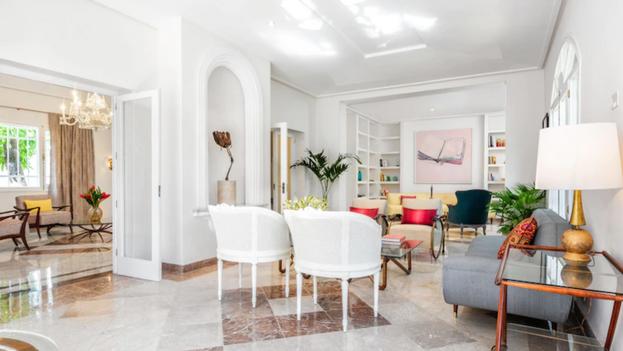 Interior de Casa Vida Luxury Holidays, que la nieta de Raúl Castro, Vilma Rodríguez, renta como alojamiento turístico. (Airbnb)
