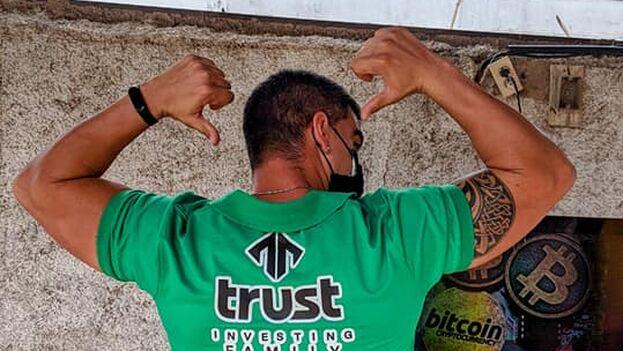 Algunos usuarios de Trust Investing en Cuba han denunciado la detención de miembros de la red. (Trust investing Cuba)