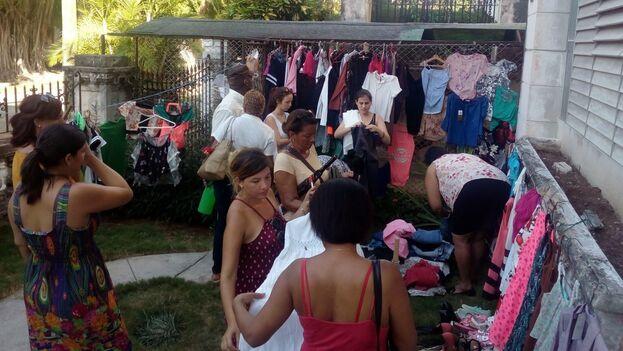 Venta de garaje en La Habana. (14ymedio)