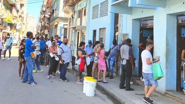 El impacto sobre la familia cubana es bastante negativo y se manifiesta en varios frentes. (14ymedio)