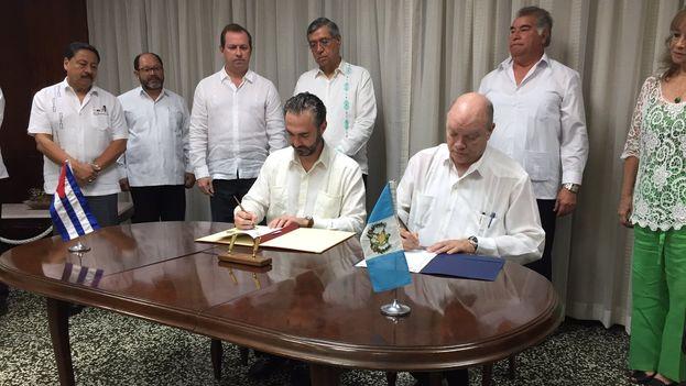 El acuerdo entre ambos ministros no precisa qué productos han sido objeto de estas preferencias arancelarias. (@ViceGuatemala)