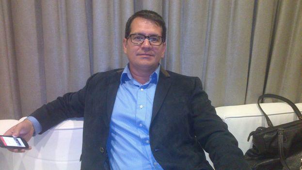 Historian and activist Armando Chaguaceda en Miami. (14ymedio)