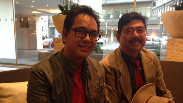 Los activistas birmanos Nay Phone Latt (izqda.) y Soe Aung (dcha.). (14ymedio)
