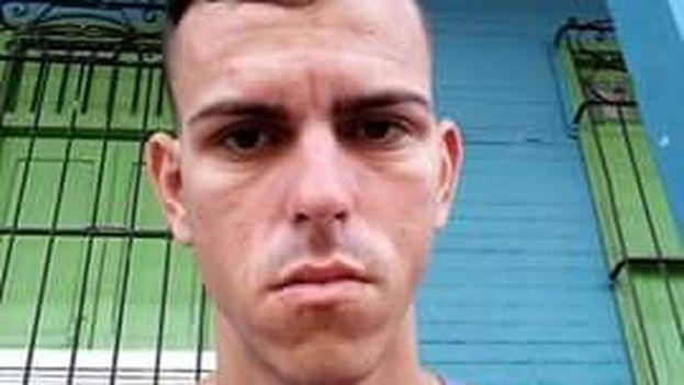 Yoan Campos tuvo que ser llevado a Santa Clara para ser intervenido porque parte de la sangre había pasado a su pulmón. (Y.C)