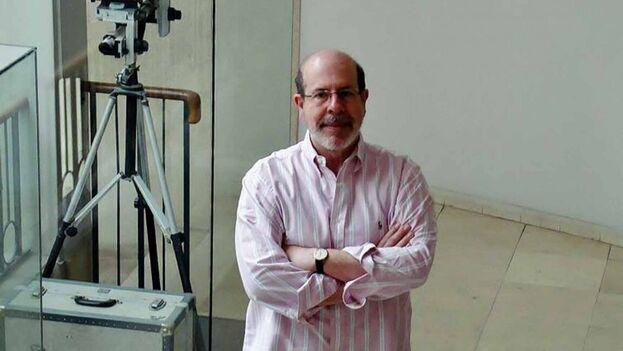 El escritor cubano Roberto Madrigal. (Rialta.org)