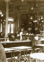 Café Suizo de Santander, frecuentado por Martí en la época.