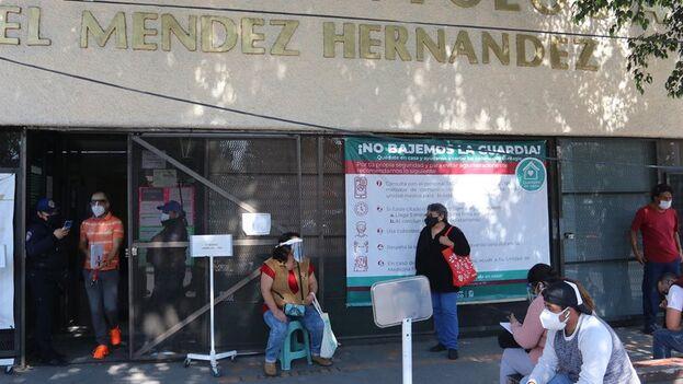 México, con más de 150.000 muertos por covid y el presidente enfermo, es uno de los países latinoamericanos que tendrá elecciones legislativas este 2021. (EFE/José Pazos)