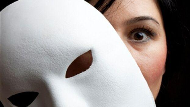 En una sociedad donde muchos temen hablar y comportarse con libertad, el oportunismo se ha convertido en una técnica de conservación. (Thinkstok)