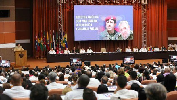 En la reunión del ALBA se reivindicaron las figuras de Fidel Castro y Hugo Chávez. (@PresidencialVen)