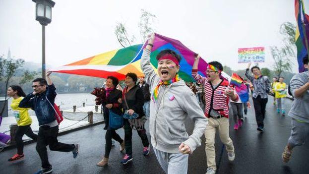 Activistas homosexuales chinos, durante un maratón en noviembre de 2015. (EFE)