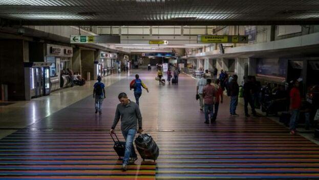 El pasado 28 marzo, la aerolínea estadounidense American Airlines anunció la suspensión indefinida de sus vuelos entre EE UU y Venezuela. (EFE)