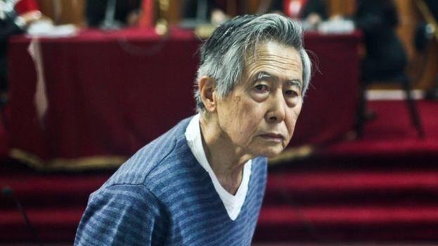 """Alberto Fujimori, de 79 años, presentó la solicitud de indulto y derecho de gracia el pasado 11 de diciembre, y una junta médica lo evaluó y determinó que padece de una """"enfermedad progresiva, degenerativa e incurable"""". (EFE)"""