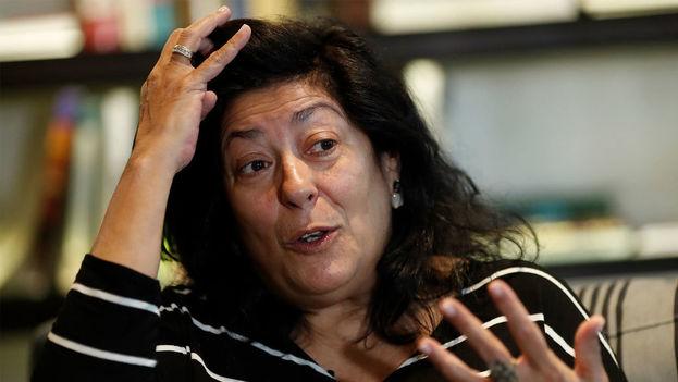 Almudena Grandes, nacida en Madrid en 1960, no da rodeos al hablar sobre un conflicto que mantiene en vilo a su país. (EFE)
